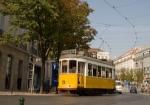 614153_lisbon_tram_4.jpg